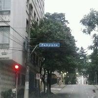 Foto tirada no(a) Rua Pamplona por Rodrigo S. em 1/21/2013