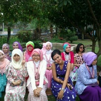 Photo taken at Pandiga Educreation Sport by Syafirakha on 6/2/2014