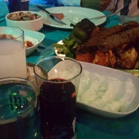 Photo taken at Taş Mekan - Yemişhan Restaurant & Meyhane by ALİ A. on 8/27/2017
