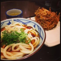Photo taken at Marugame Seimen by えーた on 11/22/2013