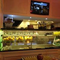8/2/2013 tarihinde Fatih S.ziyaretçi tarafından Fish & Meat House'de çekilen fotoğraf