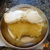 7/23/2013 tarihinde Ender G.ziyaretçi tarafından Hüsmenoğlu Peynir Helvası'de çekilen fotoğraf