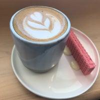 Das Foto wurde bei Fleet Coffee Co von Pichet O. am 7/15/2018 aufgenommen