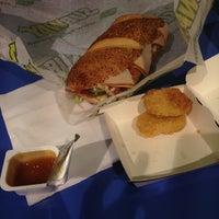 Снимок сделан в McDonald's пользователем Ann M. 3/24/2013