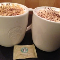 Das Foto wurde bei Starbucks Reserve von Ann M. am 1/28/2013 aufgenommen