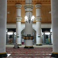 Photo taken at Masjid Jamik (Masjid Agung), Sumenep by Horraizi H. on 7/5/2014