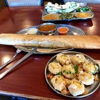 รูปภาพถ่ายที่ Swad Indian Restaurant โดย Dieter v. เมื่อ 12/2/2016