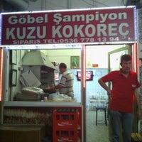 Photo taken at göbel şampiyon kuzu kokoreç by onur a. on 6/24/2013