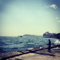 5/19/2013 tarihinde Ishak O.ziyaretçi tarafından Kabataş Sahili'de çekilen fotoğraf
