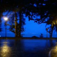 Foto diambil di Blue Bayou oleh Julian S. pada 6/11/2013