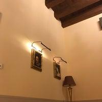 Foto scattata a Hotel Pucić Palace da Bilge E. il 7/3/2017