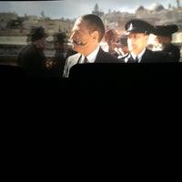 Photo taken at Golden Stars Cinema (VIP) by عبدالرحمن on 12/30/2017