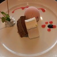Photo taken at ビストロシュシュ by Akihiko H. on 8/16/2014