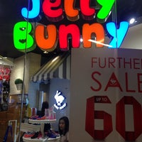 Photo taken at Jelly Bunny by Samonpak P. on 2/12/2014