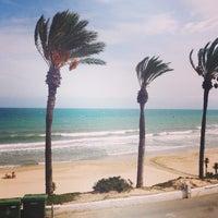 Foto tomada en Playa Mil Palmeras por Visit P. el 10/1/2014