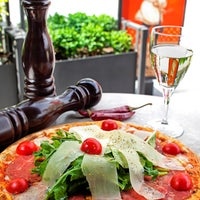 Foto scattata a Faros Restaurant da Faros Restaurant il 1/9/2014