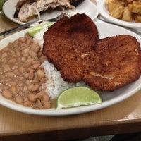 Foto tomada en La Casa del Pollo Peruano II por Christopher B. el 2/24/2014