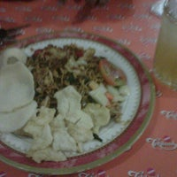 Photo taken at Mie Ayam Pak Mien by Dore M. on 2/17/2013