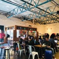 Photo prise au La Marzocco Cafe par Kaydee B. le11/10/2017
