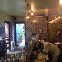 Foto tirada no(a) Sam's Morning Glory Diner por Joshua R. em 5/8/2013
