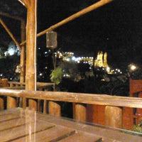 9/18/2013 tarihinde Глеб С.ziyaretçi tarafından Flintstones Cave Hotel'de çekilen fotoğraf