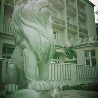Снимок сделан в Санаторій «Мармуровий палац» пользователем Tetyana A. 8/9/2013