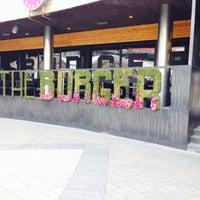 Снимок сделан в The Burger пользователем Catherine G. 3/21/2015