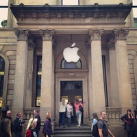 Photo taken at Apple Buchanan Street by Hungju L. on 5/17/2013