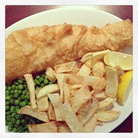 Photo taken at The Ashvale Fish and Chips by Hungju L. on 8/4/2013