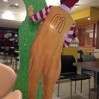 Photo taken at McDonald's by Ricardo M. on 1/19/2013