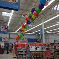 Photo taken at Walmart Supercenter by Mario F. on 1/23/2014