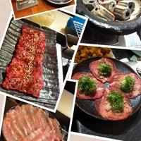 Photo taken at 大腕燒肉 by Charles H. on 3/18/2013