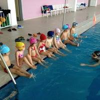 6/18/2013にÖznur A.がİTÜ Olimpik Yüzme Havuzuで撮った写真