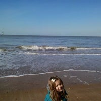 Photo taken at Margate Main Sands by Lucsia L. on 3/24/2014