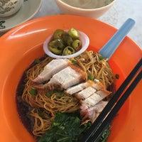 Photo taken at Restoran Joo Hing by Peiting.m on 5/11/2018