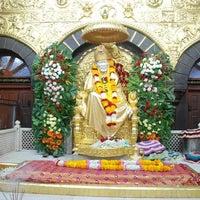 Photo taken at Shirdi Sai Baba Temple (Samadhi Mandir) by Raju S. on 2/2/2013