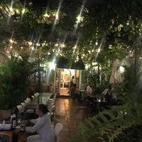 Foto tirada no(a) Donde Olano Restaurante por Lili R. em 10/5/2018