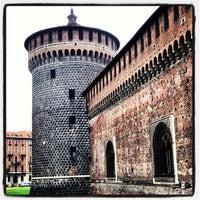 Foto scattata a Castello Sforzesco da Rohaizan S. il 10/27/2012