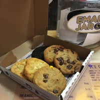 Photo taken at Insomnia Cookies by Maksum C. on 2/2/2017