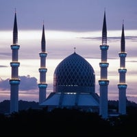 Photo taken at Masjid Sultan Salahuddin Abdul Aziz Shah by General J. on 3/1/2013