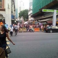 Photo taken at Jalan Tuanku Abdul Rahman (TAR) by Azizul N. on 7/26/2013