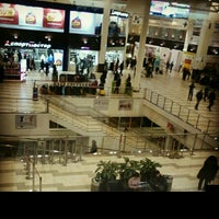 Photo prise au MEGA Mall par Liza M. le1/12/2013