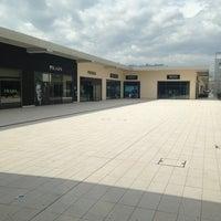 Brand Village Il Castagno - Shopping Mall in Casette d\'Ete