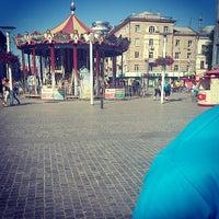 Foto scattata a Площа Героїв Майдану / Heroes of Maidan square da Виктория Г. il 5/10/2013