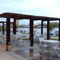 Foto tomada en Puerto Amarras Hotel & Suites por Karla E. el 5/6/2014