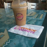 Photo taken at Dunkin' Donuts by michel t. on 8/20/2014