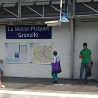 Photo taken at Marché de Grenelle by Erick Z. on 6/9/2016