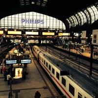 Das Foto wurde bei Hamburg Hauptbahnhof von Fruteryan am 10/4/2013 aufgenommen