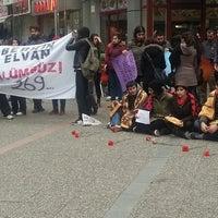 Photo taken at Tüik Önü #balıkesirdireniyor by Dirahşan ★ on 3/11/2014