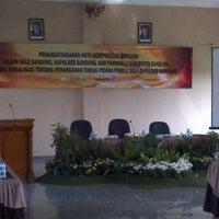 Photo taken at Gedung Sabilulungan Polres Bandung by Januar S. on 3/11/2014